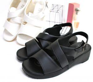 Strap Footwear Market